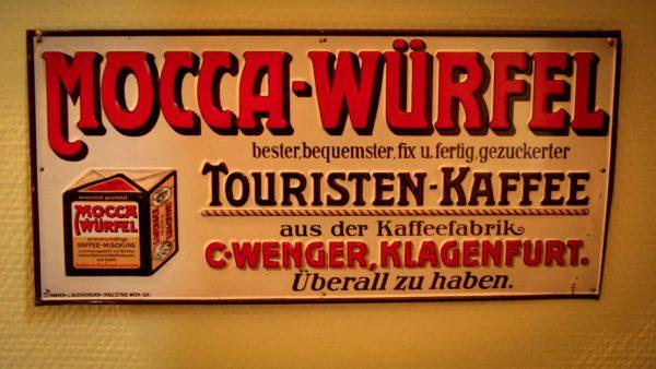 Im Wiener-Kaffee-Museum - Naja, wer`s mag...
