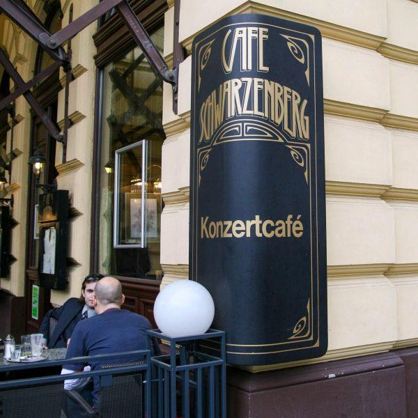 Café SCHWARZENBERG - Die Bezeichnung Konzertcafé bezieht sich auf eine spezielle Tradition der Kaffeehäuser, die in Frankreich begann und sich in Europa verbreitet hat.