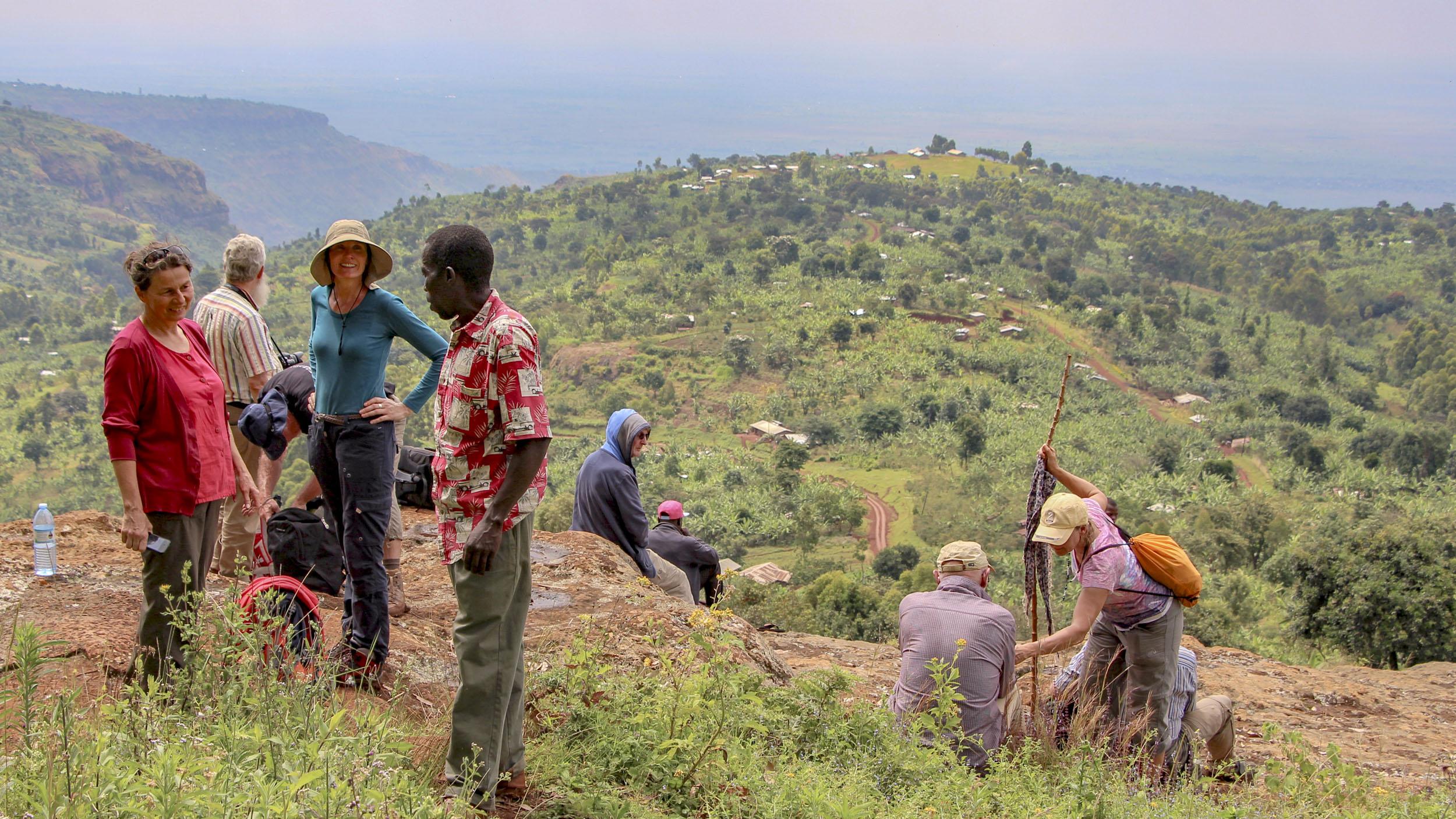 Wir sind ganz oben in der Kaffee-Region auf 2100m und haben einen herrlichen Blick